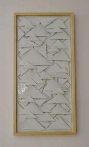 | triangulos 2014 –vidrio sobre madero [0.45x0.95]